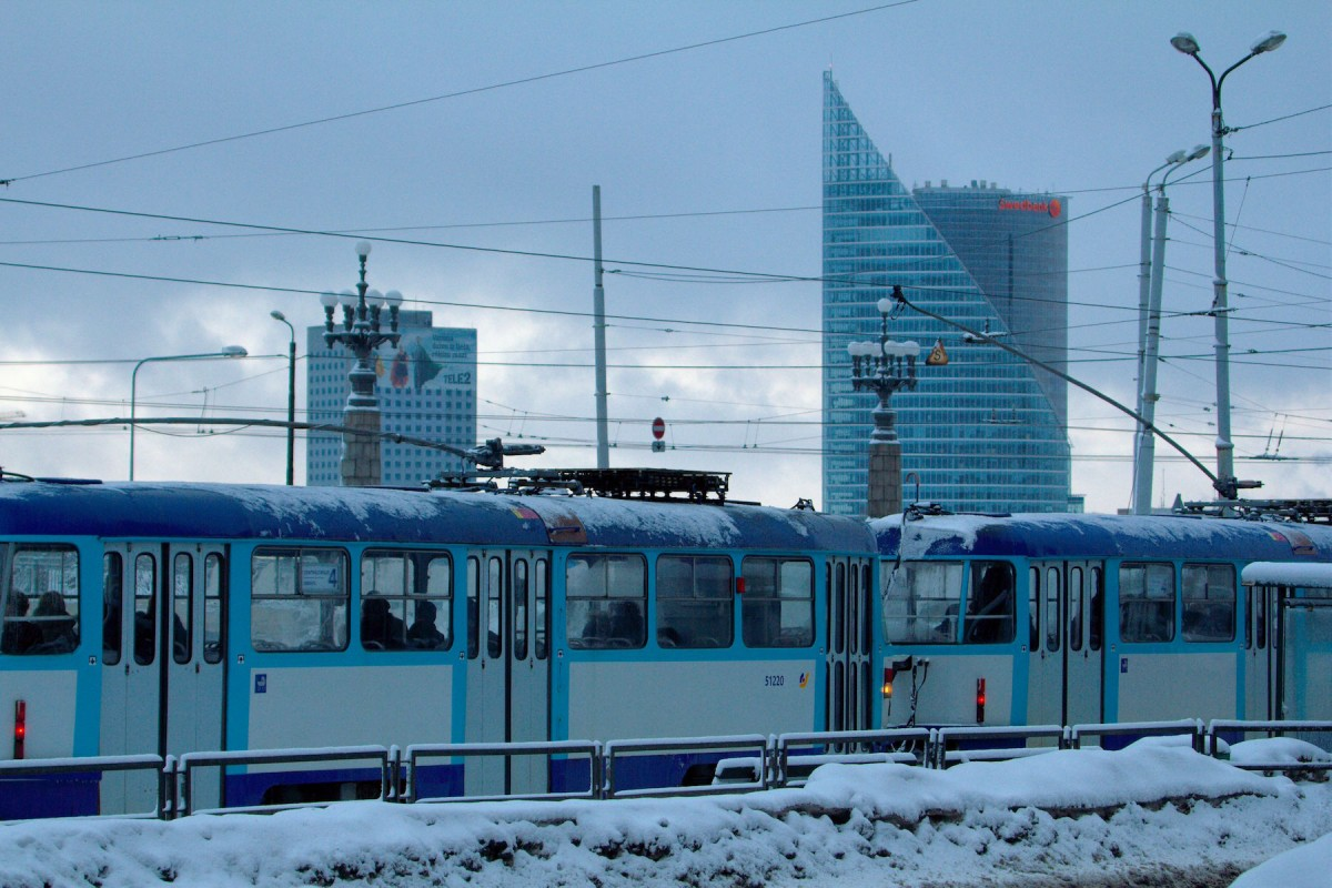 Public transportation FREE for motorists in snowstorm